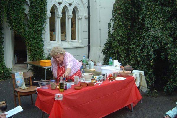 Roman Cookery Demo 015